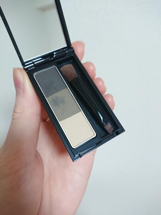 デザイニングアイブロウ3D EX-7 オリーブグレー 黒髪さんにおすすめ!自然に馴染むカラーのアイブロウパウダー