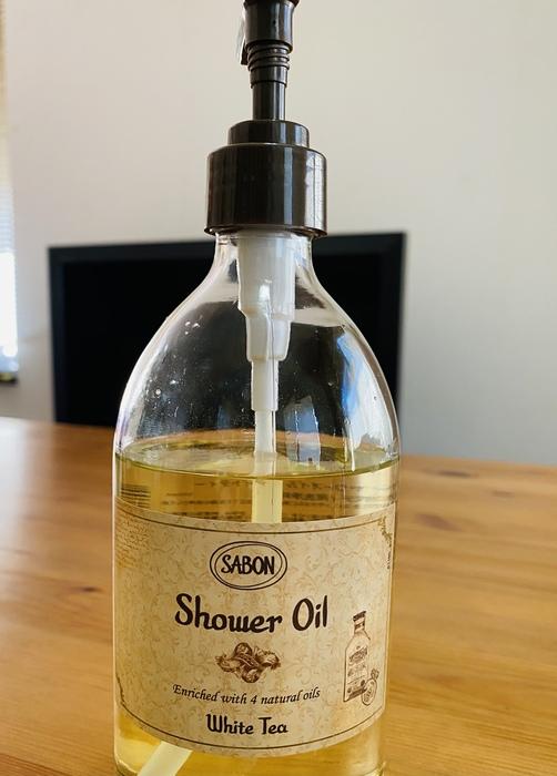 シャワーオイル ホワイトティー 500ml|良い香りのボディソープ